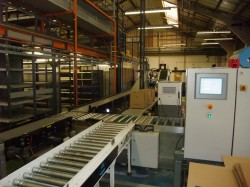 CENTRAL CONVEYOR / PACKING SYSTEM