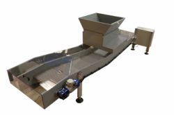 Under mould conveyor with good & reject product diverter-min
